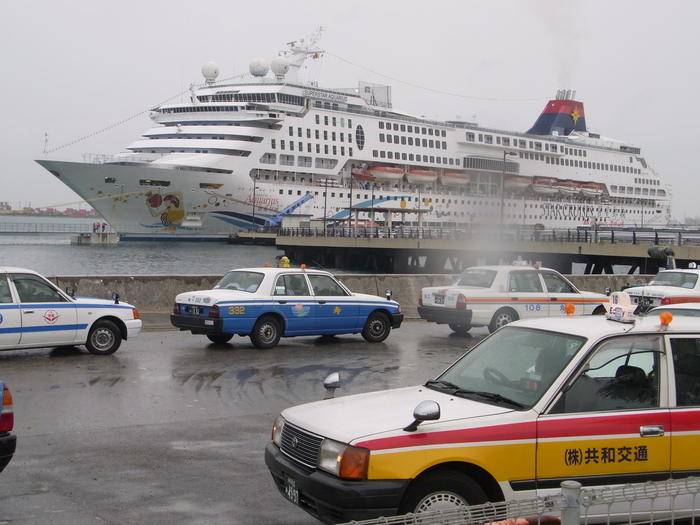 20回 観光の島、沖縄でいま何が起きているのか?_b0235153_156416.jpg