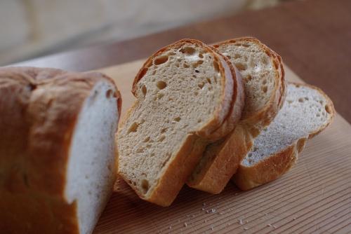 ■ キシノウエン産強力粉100%でパウンド型食パン_c0110869_2122594.jpg