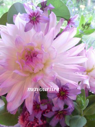 マユールライラ 4月 フラワー教室_d0169179_2211036.jpg