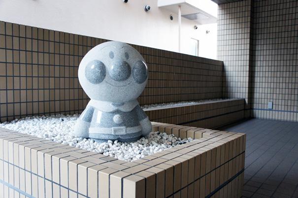 石像と飛び石_f0160407_4445091.jpg