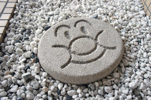石像と飛び石_f0160407_445771.jpg