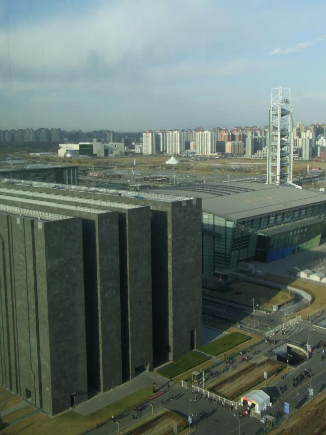北京にはもうスペクタクルな建築はいらない!?_b0235153_14104358.jpg