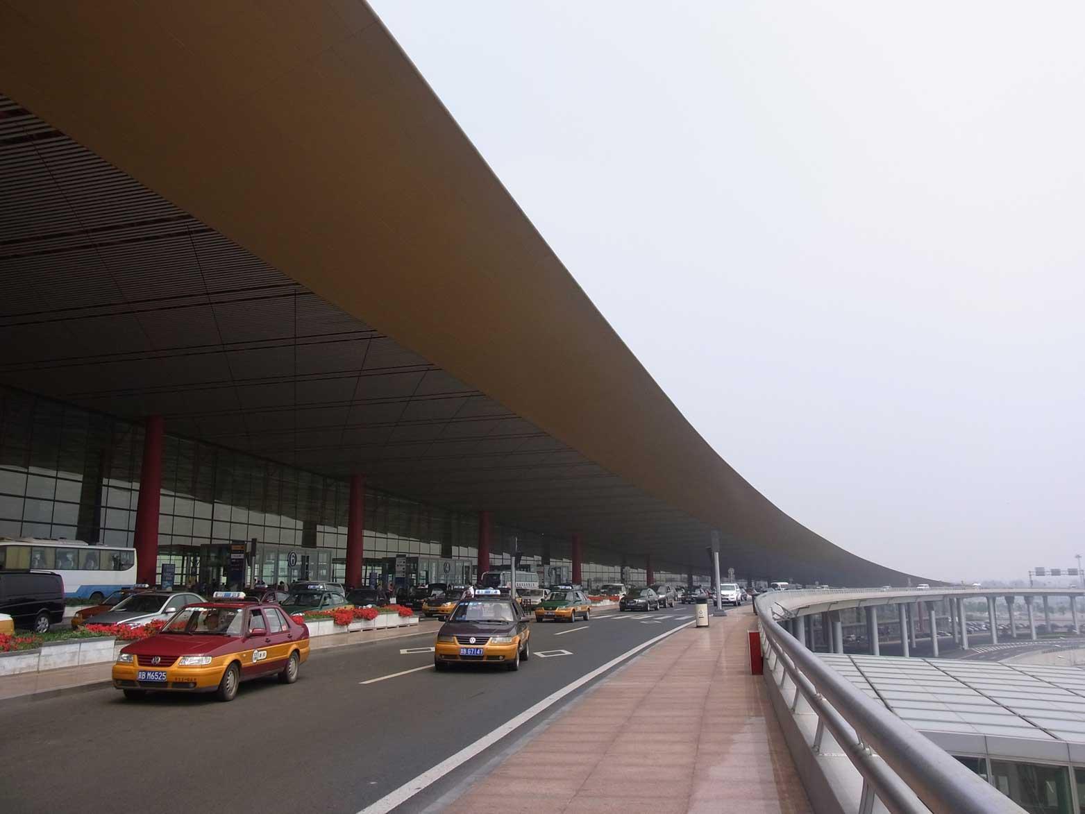 北京にはもうスペクタクルな建築はいらない!?_b0235153_1411560.jpg