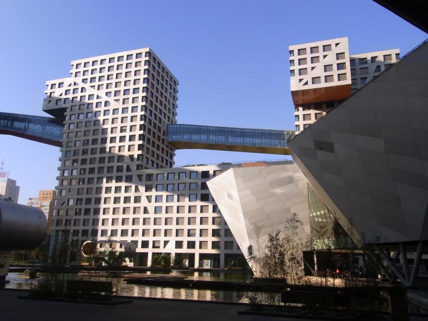北京にはもうスペクタクルな建築はいらない!?_b0235153_14131761.jpg