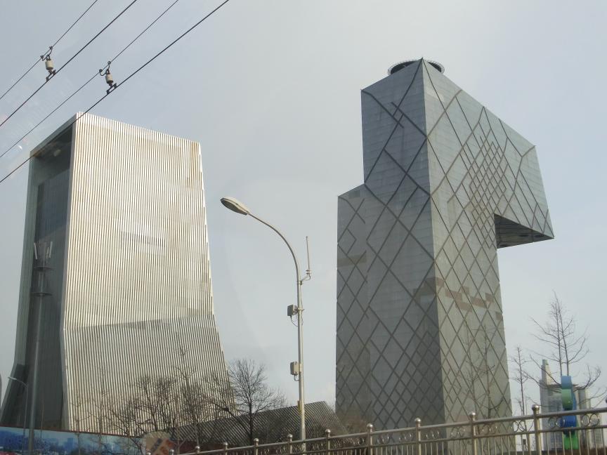 北京にはもうスペクタクルな建築はいらない!?_b0235153_1413979.jpg