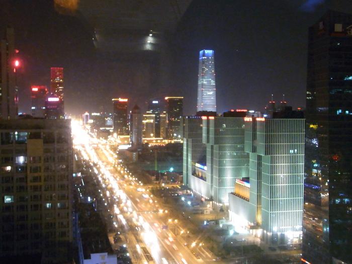 北京にはもうスペクタクルな建築はいらない!?_b0235153_14433970.jpg