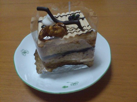 函館国際ホテルのケーキ_b0106766_21504041.jpg