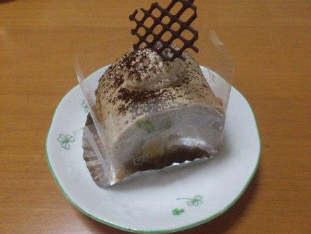 函館国際ホテルのケーキ_b0106766_21504078.jpg