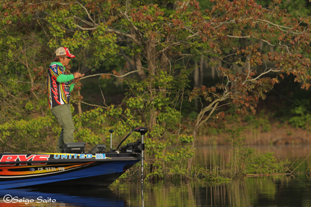 Bassmaster Elite Series #5 Alabama River, AL 初日_a0097491_9463189.jpg