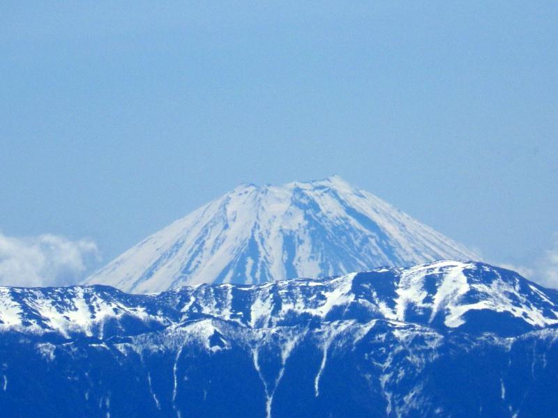 登山(プライベート)  「週刊ガードマン」_d0310876_17511687.jpg