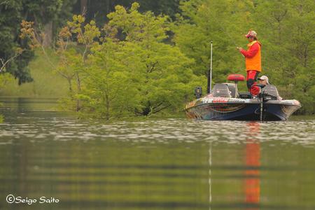 bassmaster Elite Series #5 Alabama River, AL 2日目_a0097491_940738.jpg