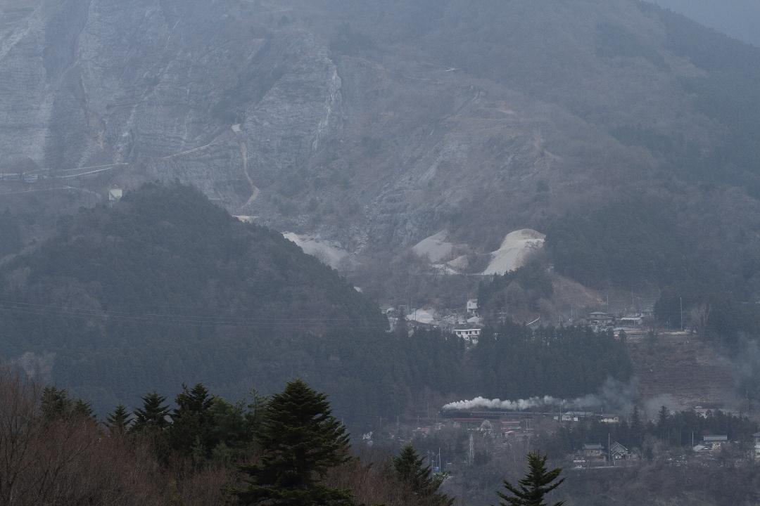 岩壁と白煙 - 2013年早春・秩父 -  _b0190710_21481734.jpg