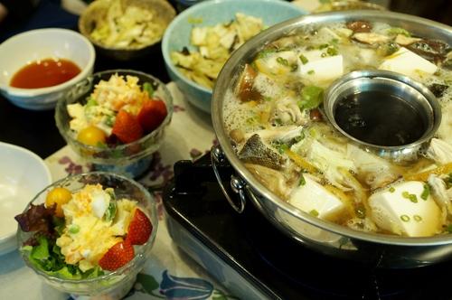 【晩ご飯は鱈チリやすいとんなど♪】_b0033423_2337330.jpg