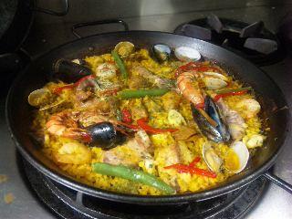 blog:八王子グランデセオのバレンシア風パエリア_a0103940_7185199.jpg