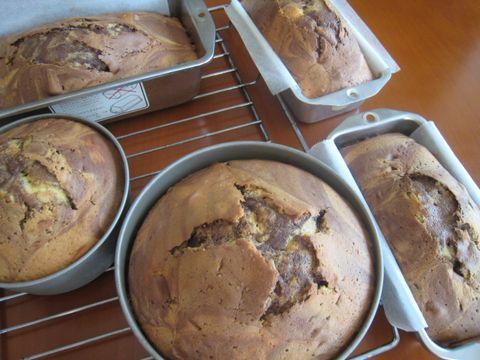 ケーキを、ドカッと焼く_e0170272_14143775.jpg