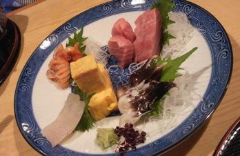にゃんことお寿司と母の日と。_c0145688_21493437.jpg