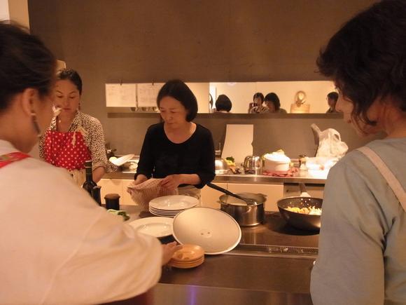 """""""ポルトガル料理を楽しむ""""料理教室を開催しました (記:藤本 洋子) _a0195310_1814192.jpg"""