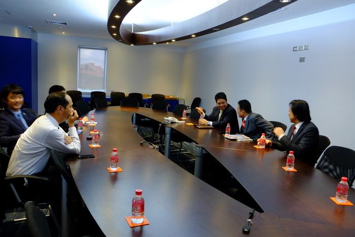 カンボジア副首相と会談_d0047811_2351259.jpg