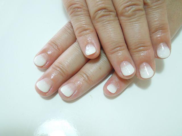 White Gradation_a0239065_1265747.jpg
