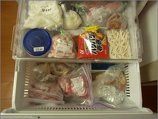【 冷凍庫内は、在庫を「見渡せる化」する 】_c0199166_21122255.jpg