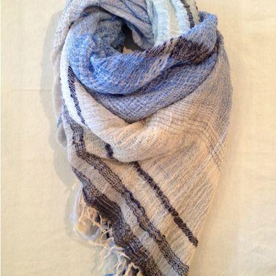 Big shawl ちょっとご紹介 ②_f0212293_16215172.jpg