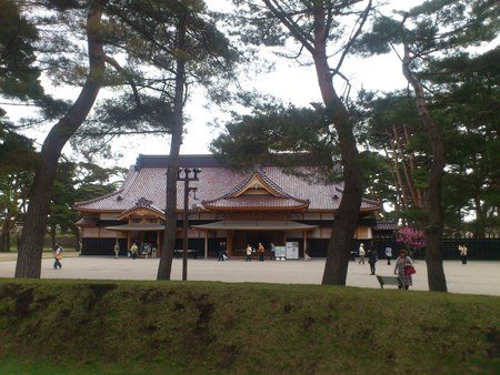 箱館奉行所と五稜郭公園の桜_b0106766_237262.jpg