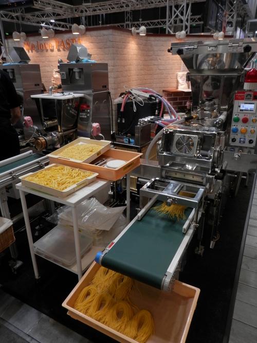 「食品産業展」の視察です。_a0125419_19184023.jpg