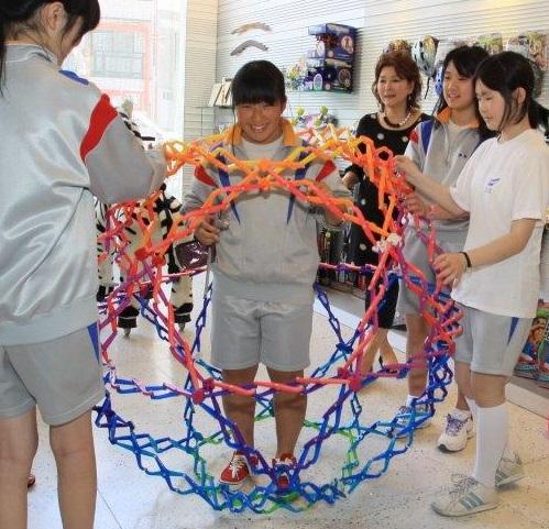 仙台市立柳生中学の修学旅行、生徒たちの訪問先ラングスジャパン_d0148223_2310899.jpg