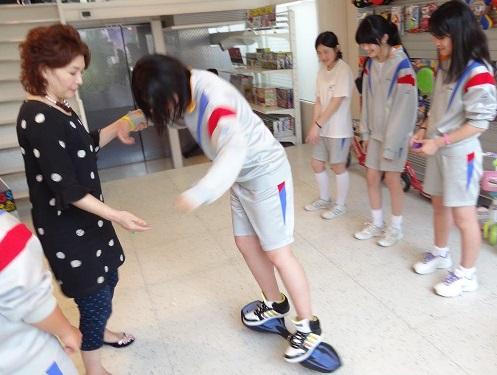 仙台市立柳生中学の修学旅行、生徒たちの訪問先ラングスジャパン_d0148223_23524829.jpg