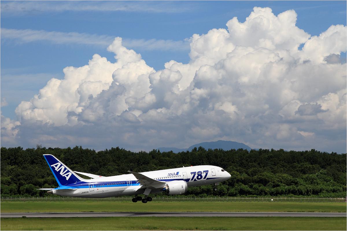 夏雲 - 熊本空港_c0308259_22343032.jpg