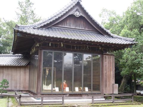出水神社の能楽殿_b0228113_21384910.jpg