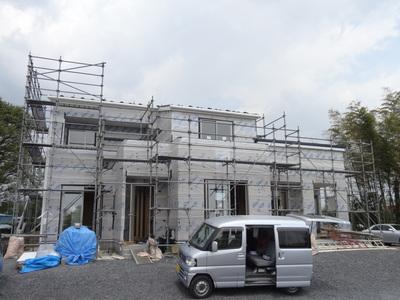 粕川のO島様の現場も外壁工事となりました。_a0084859_17271476.jpg