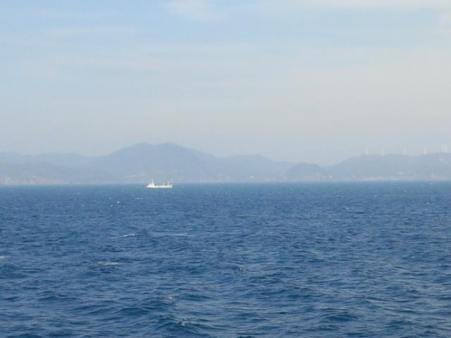 5月13日、九州の先端を航海_e0040673_22502066.jpg