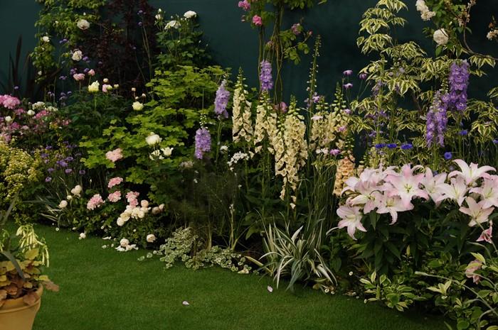 第15回 国際バラとガーデニングショウ オードリー・ヘップバーンが愛した庭_b0145398_17172670.jpg