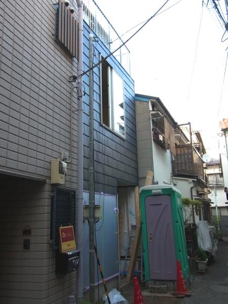 「根津の家」足場が外れました。_c0019551_21205825.jpg