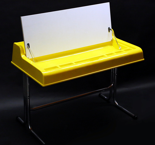 1960s Bernard Industries Era Plastic Desk_e0045459_8142385.jpg