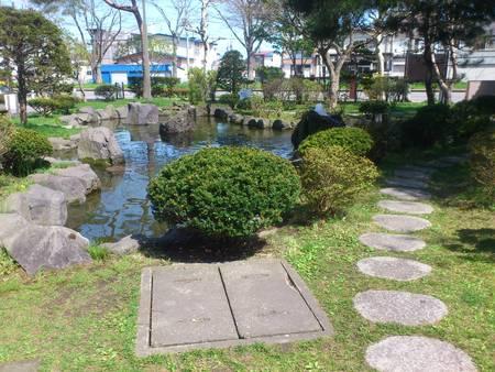 若松公園にある土方歳三最期の碑_b0106766_22444827.jpg