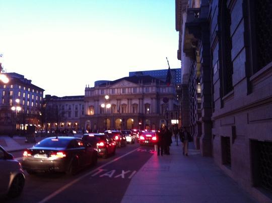 Oyadica goes to Milano Salone - FuoriSalone / Via Brera-_f0236691_1546667.jpg