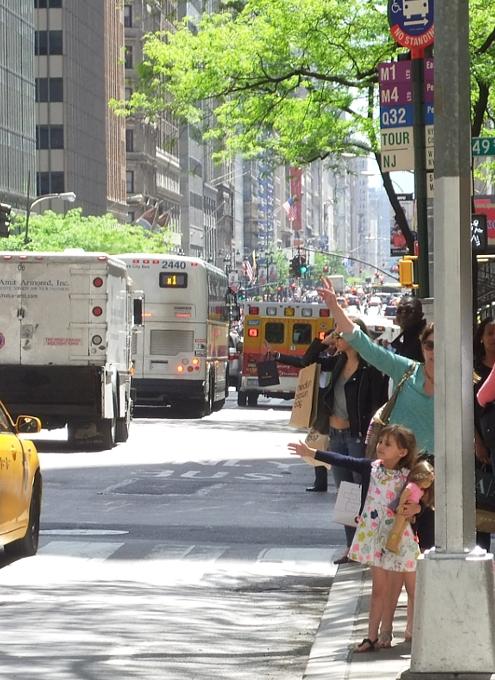 初夏のニューヨークのミッドタウン風景_b0007805_125188.jpg