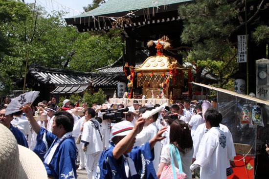 御霊祭  祭の5月 6_e0048413_22464447.jpg
