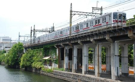 東武鉄道伊勢崎線 隅田公園駅跡はいま・・・_e0030537_2343041.jpg