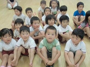 保育園でコマまわし☆第3弾_a0272042_13435671.jpg