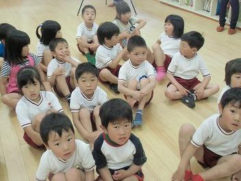 保育園でコマまわし☆第3弾_a0272042_13463518.jpg