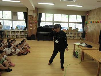 保育園でコマまわし☆第3弾_a0272042_134731.jpg