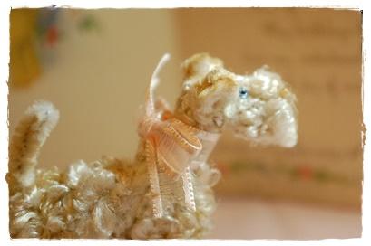青い目のくるくるテリアちゃん curls special pipecleaner_a0205848_1254962.jpg