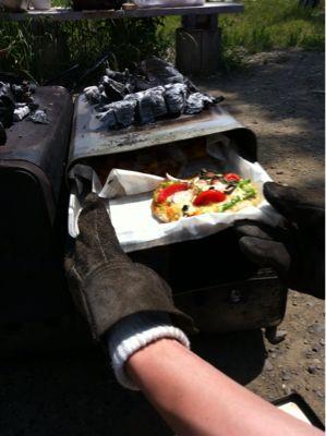 みんなで、ピザを焼きました_c0120851_19513377.jpg