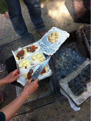 みんなで、ピザを焼きました_c0120851_19513715.jpg