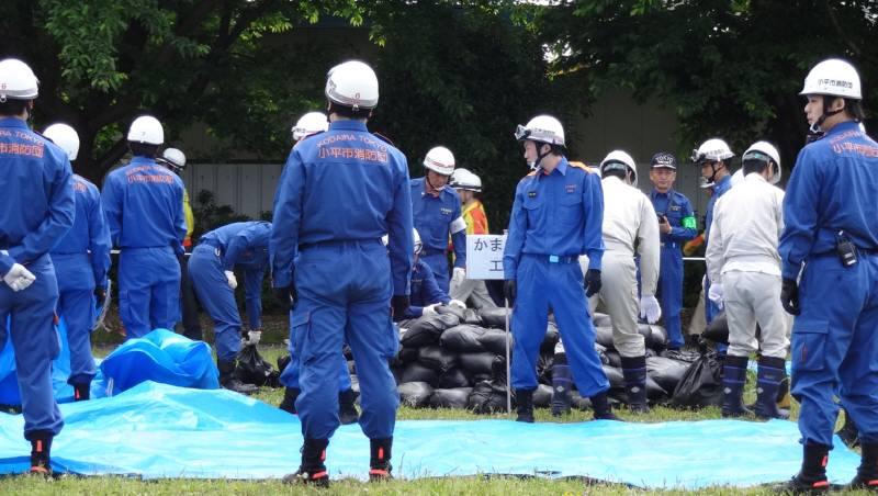 小平市総合水防訓練_f0059673_2131456.jpg