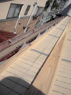 スズメ止め! 板橋区高島平で瓦屋根工事。_c0223192_219244.jpg