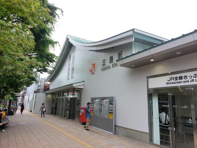 三島駅_b0171937_15175593.jpg